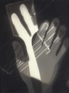 Photogram © László Moholy-Nagy